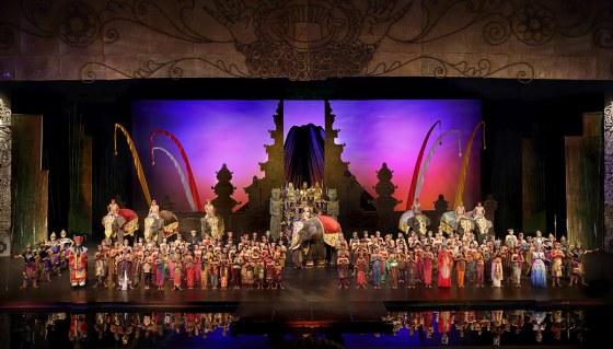 Bali Agung Show, metrobali.com