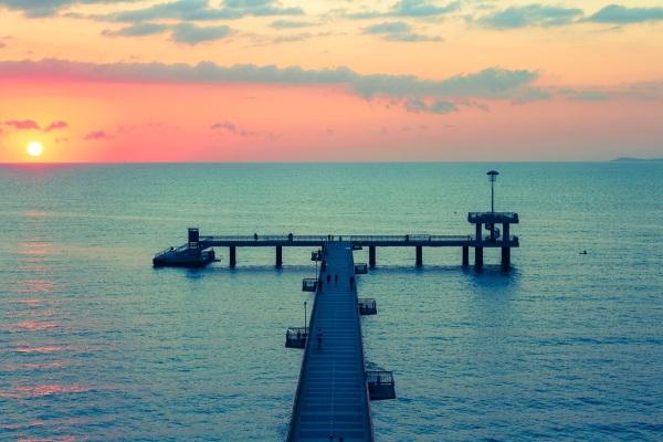 More, pobrežné mólo a článok pre solvex